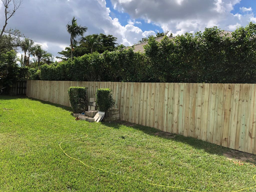 melbourne florida residential fence installation company